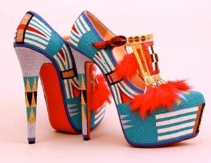 High-heeled pumps beaded in Native style
